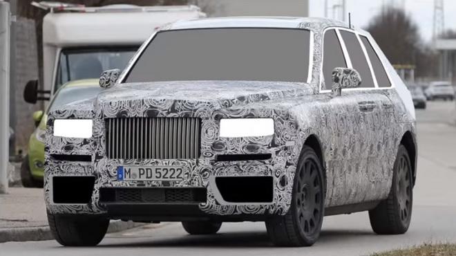 想知道Rolls Royce Cullinan长什么模样吗
